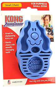 blue zoom groom - a brushing and bathing tool