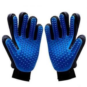 massaging brush gloves